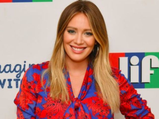 Hilary Duff's New 'Lizzie McGuire' Revival Sneak Peek Will Give Fans Major Throwback Vibes