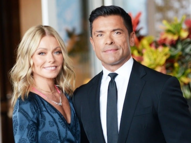 Kelly Ripa Reveals Christmas Card of Mark Consuelos and His 'Riverdale' Family