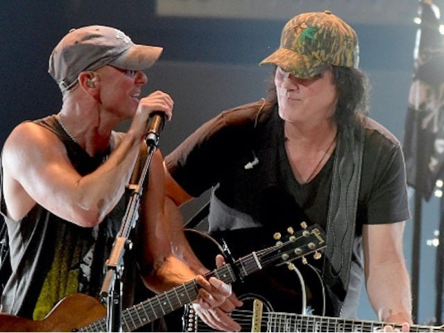 Kenny Chesney 'Thrilled' to Perform at CMA Awards With David Lee Murphy