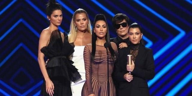 kuwtk-kardashian-family-nbce