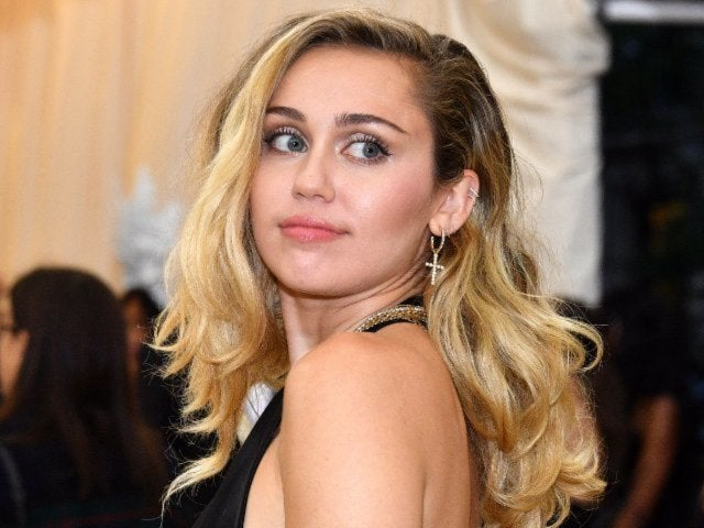 Miley Cyrus Posts Tiny Photo of Cody Simpson in Instagram Story Amid Romance Rumors