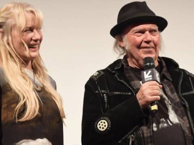 Neil Young Confirms Marriage to Longtime Girlfriend 'Kill Bill' Actress Daryl Hannah