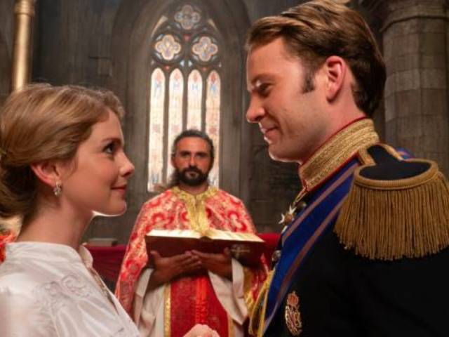 Netflix's 'Christmas Prince 2' Draws Mixed Reactions From Fans