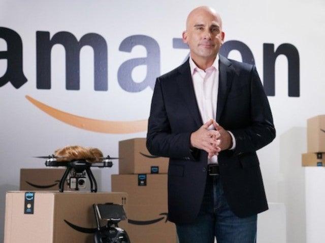 'SNL': Steve Carell Portrays Amazon's Jeff Bezos to Mock Donald Trump