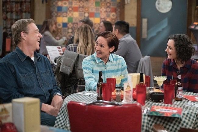 the-conners-dan-jackie-darlene-restaurant-episode-5-eric-mccandless