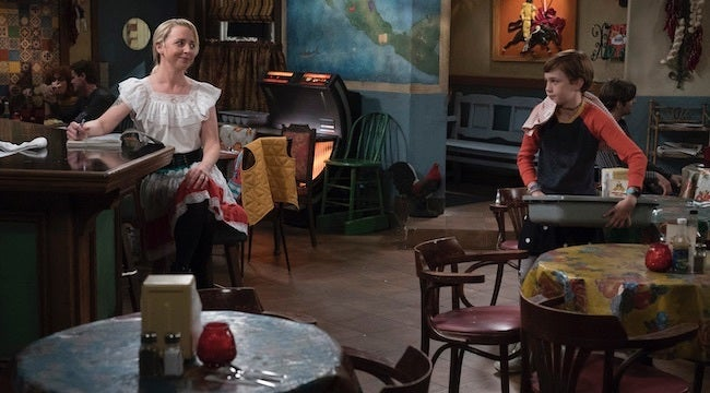 the-conners-episode-6-becky-mark-restaurant