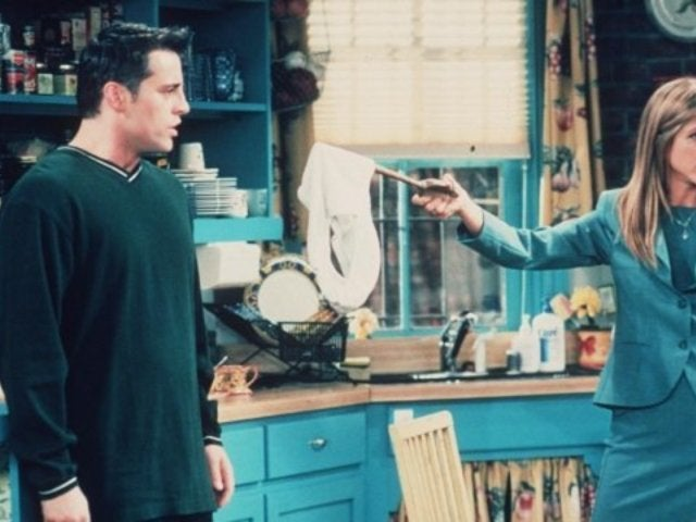 Netflix Removes 'Friends' January Expiration Date