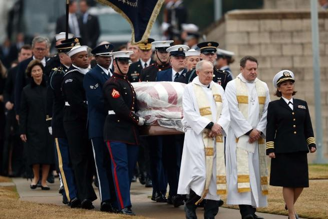 george hw bush funeral getty images 4