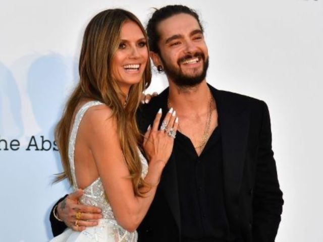 Heidi Klum Reveals Snuggly Bed Selfie With Fiance Tom Kaulitz After Announcing Christmas Engagement