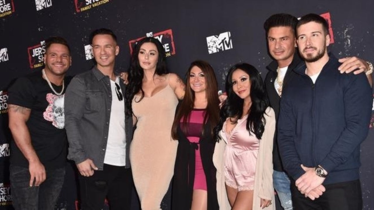 f49a56dc9 Jenni 'JWoww' Farley and Nicole 'Snooki' Polizzi Tease New Season of 'Jersey  Shore' With Festive Snapshot of Their Kids