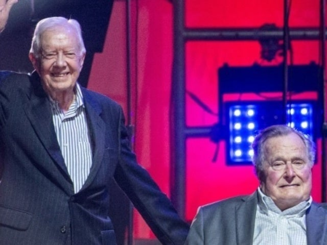 Former President Jimmy Carter Reacts to George H.W. Bush's Death
