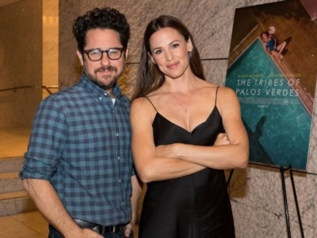 Jennifer Garner to Reunite With 'Alias' Creator J.J Abrams for New Apple Series