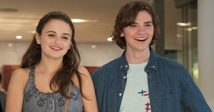 joey-king-joel-courtney-kissing-booth-netflix