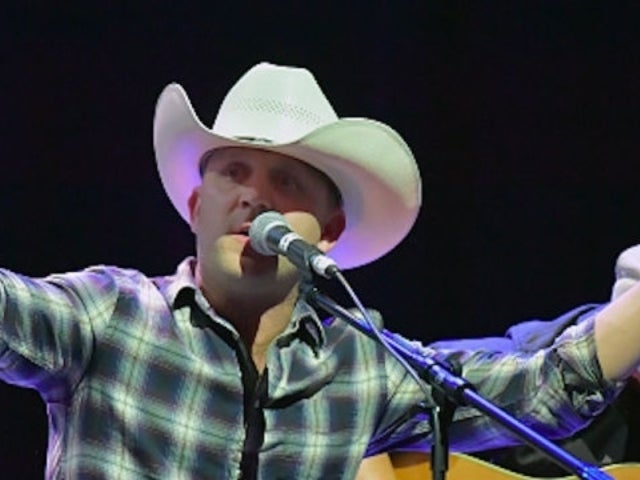 Justin Moore Injured by Horse During Photo Shoot