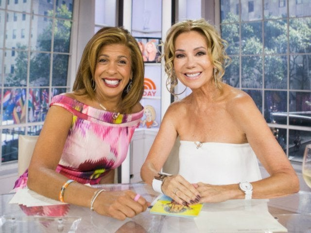 Kathie Lee Gifford Tears up While Addressing 'Today' Show Exit With Hoda Kotb