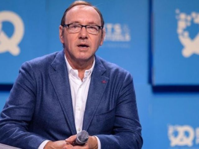 Kevin Spacey Spotted for the First Time Since Bizarre Video, Sexual Assault Charge