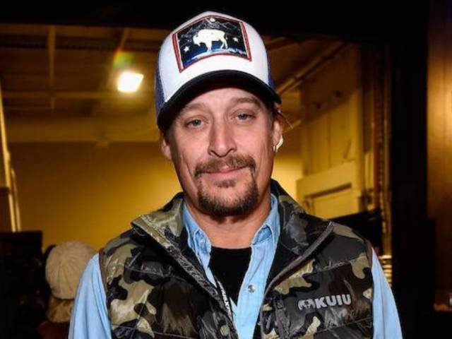 Walmart Customers React After Kid Rock Pays off Their Christmas Layaway Balances