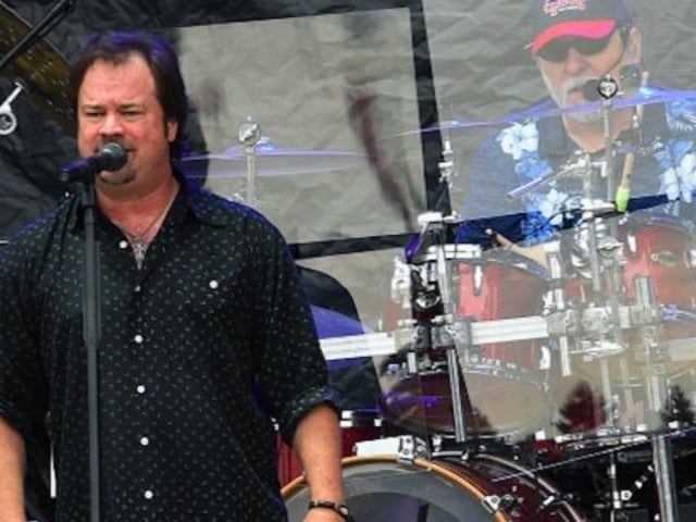 Restless Heart's Larry Stewart Releases Single, 'Don't Save It All For Christmas Day'