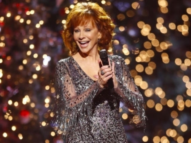 Reba McEntire Brings Holiday Cheer With 'CMA Country Christmas'