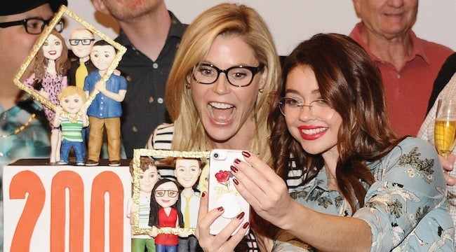 sarah-hyland-julie-bowen-getty