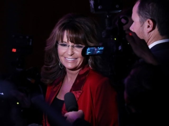 Sarah Palin's Home Damaged by Alaskan Earthquake