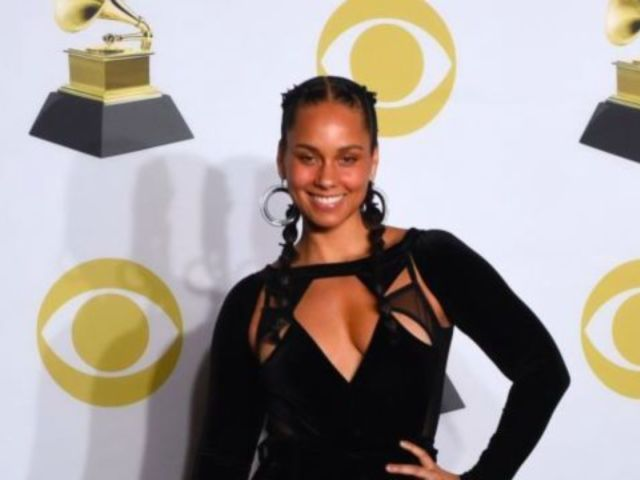 Alicia Keys Goes on 'Major Rant' About Son's Fear of Being Judged for Rainbow Manicure