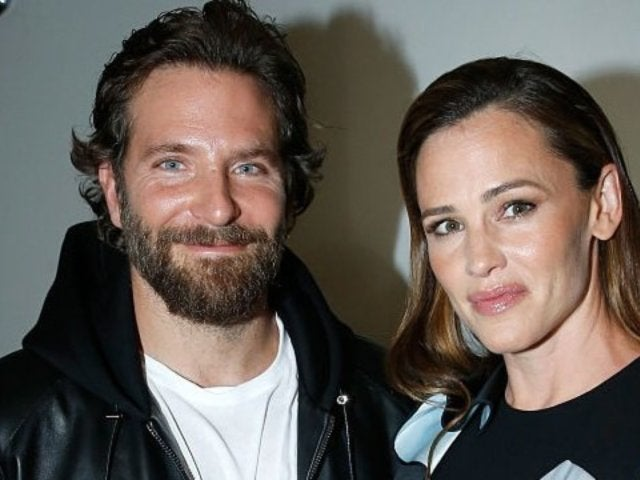 Jennifer Garner Sends 'Alias' Co-Star Bradley Cooper Birthday Message Ahead of Golden Globes