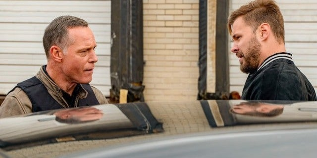 chicago-pd-voight-ruzek-nbc-matt dinerstein