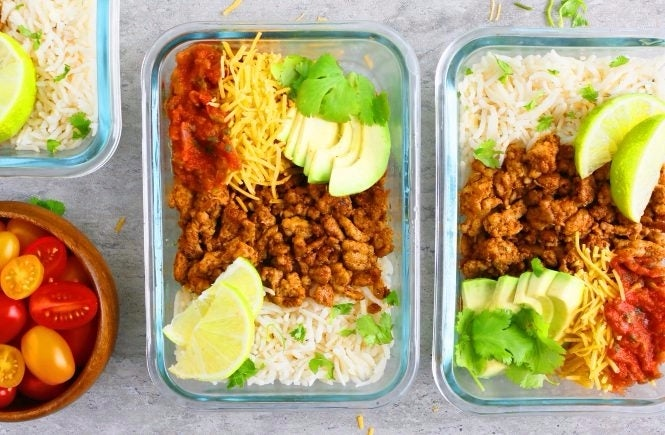 chicken-burrito-bowl-meal-prep-2_edited-2-1-665x435