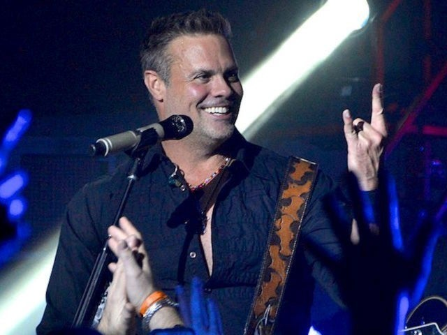 Troy Gentry Foundation Benefit Concert Raises Over $300,000