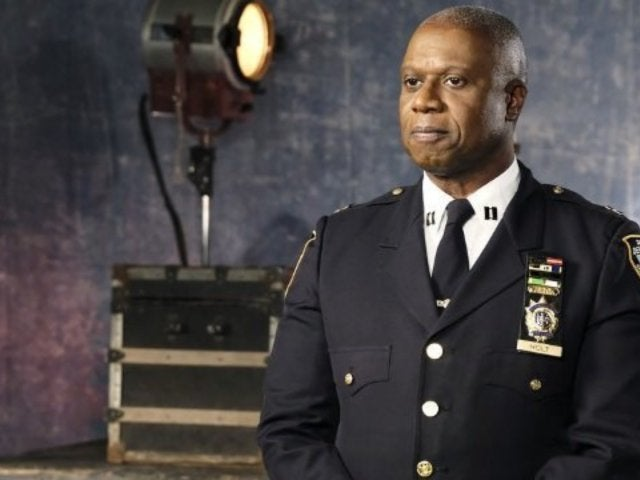 'Brooklyn Nine-Nine' Reveals If Holt Becomes New York Police Commissioner