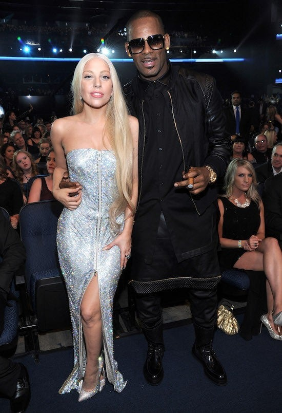 lady-gaga-r-kelly_Getty-Kevin Mazur:AMA2013 : Contributor