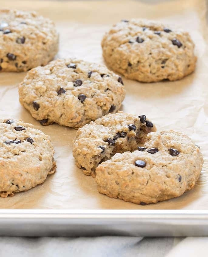 Oatmeal-Breakfast-Cookies-closeup