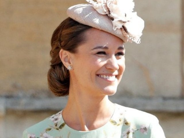 Pippa Middleton Looks Fit and Happy During Ab-Baring Beach Outing 2 Months After Giving Birth