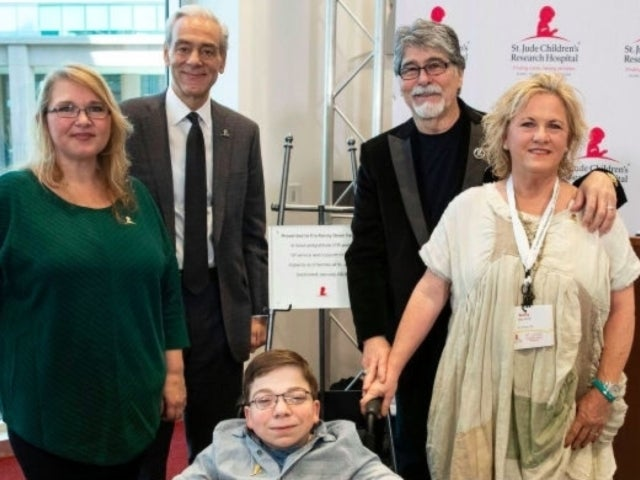 Alabama's Randy Owen Has St. Jude Room Named in His Honor