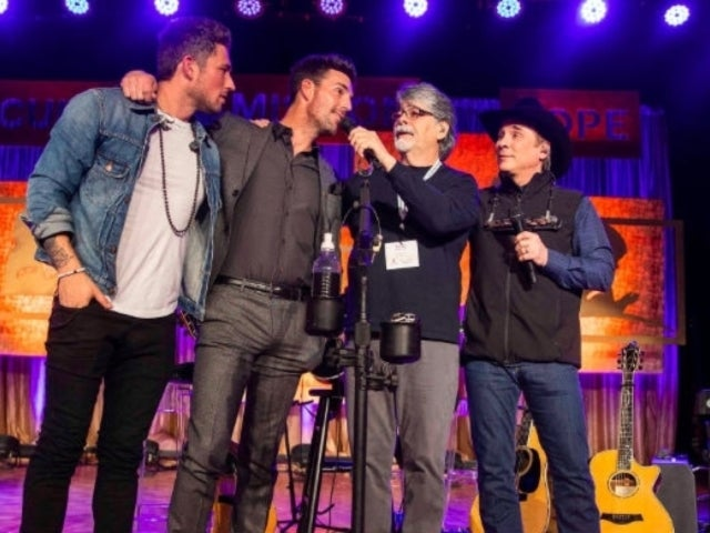 Alabama's Randy Owen Breaks Down Over Performance by Michael Ray, Jake Owen