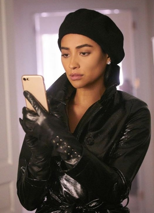 Shay-Mitchell-you-lifetime
