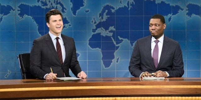 'SNL': 'Weekend Update' Anchors Rip Donald Trump Over Government Shutdown