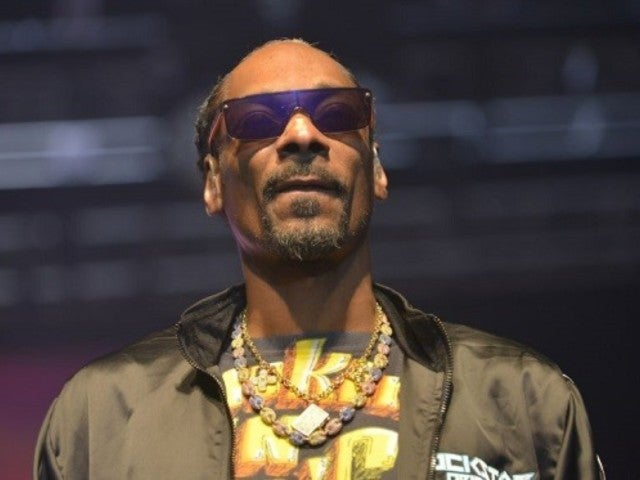 Kobe Bryant and Gianna Celebration of Life: Fat Joe, Chaka Khan and Others Speak out About Snoop Dogg's Memorial Photo