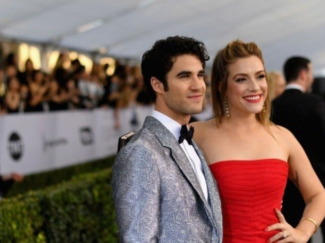 'Glee' Alum Darren Criss Marries Longtime Girlfriend Mia Swier