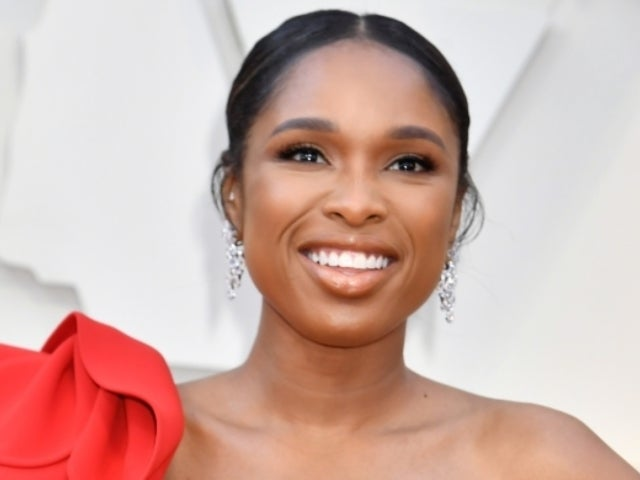 Jennifer Hudson's Reaction to Lady Gaga's Speech at 2019 Oscars Prompts Meme