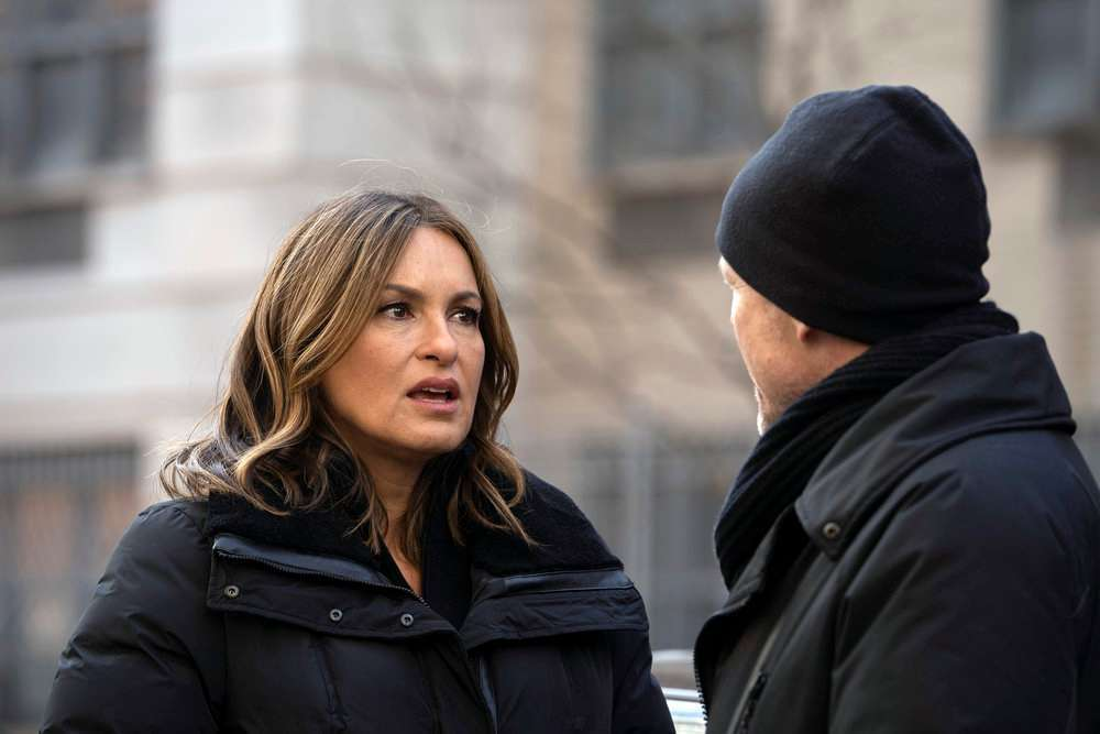 Law and Order SVU 450th episode dean winters mariska hargitay nbc 2
