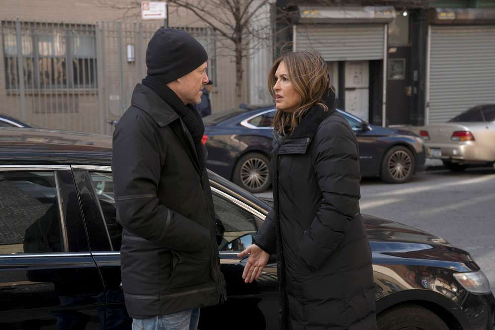 Law and Order SVU 450th episode dean winters mariska hargitay nbc