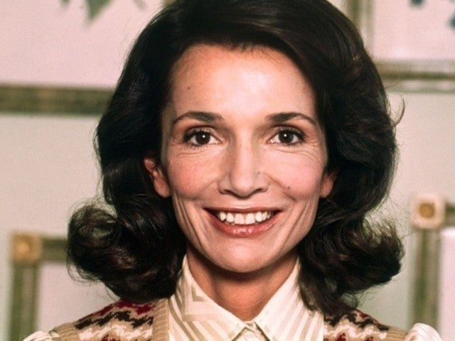 Lee Radziwill, Jacqueline Kennedy Onassis' Sister, Dead at 85