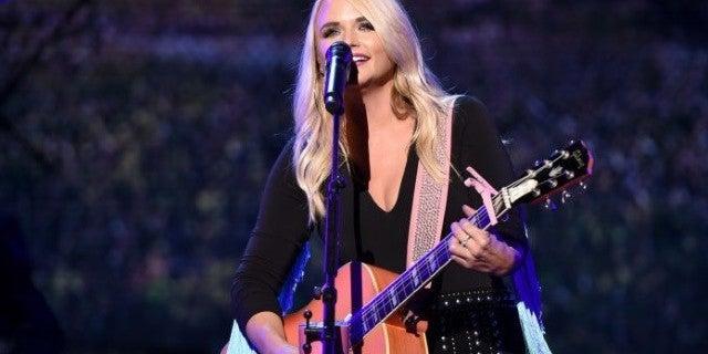 Miranda Lambert Returns to Stage Following Surprise Marriage to Join Dierks Bentley in Nashville