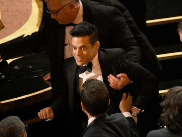 Oscars 2019: Rami Malek Treated by Paramedics After Falling off Stage
