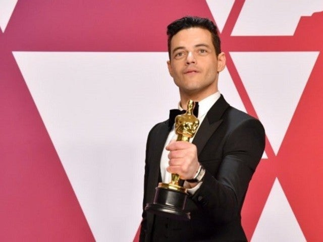Oscars 2019: Video of Rami Malek's Fall off Stage Revealed