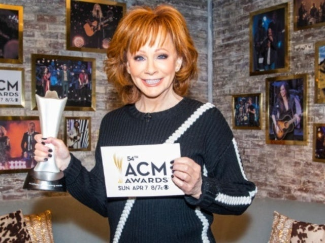 Reba McEntire Reveals Stance on Politics at 2019 ACM Awards