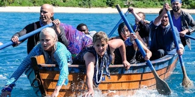 'Survivor' Host Jeff Probst Reveals Castaway He Thinks Will Win 'Edge of Extinction'