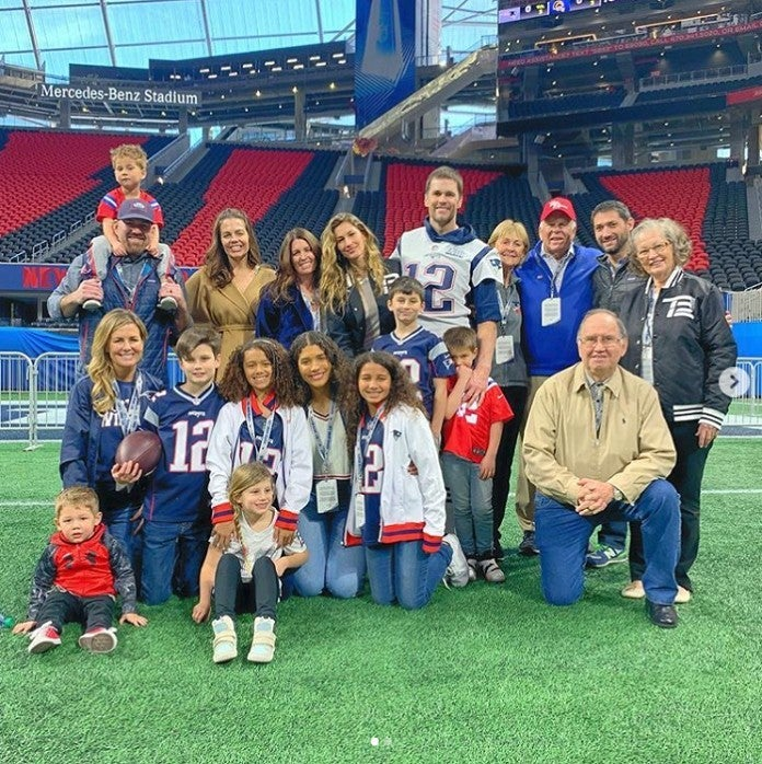 Tom Brady Is Ready For Super Bowl 2019 In Family Packed Photo